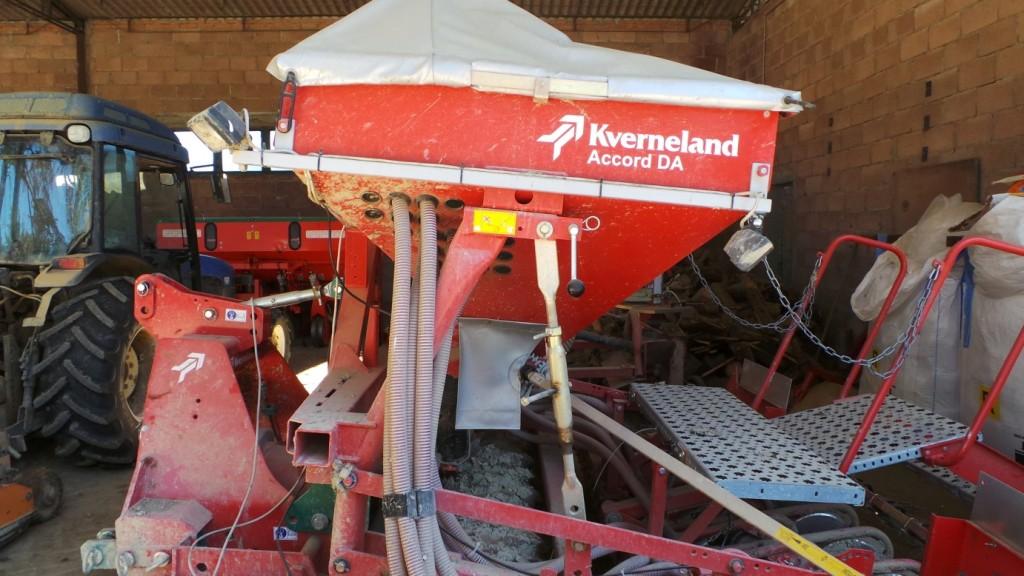La seminatrice Accord DA scelta da Lascalfari per l'elevata capacità di lavoro, semplicità d'uso e precisione di semina in diverse condizioni di suolo, con basso assorbimento di potenza.