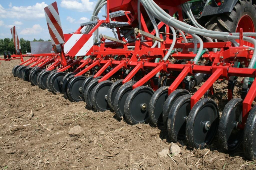 Le ruotine pressatrici per un contatto ottimale tra seme e terreno.